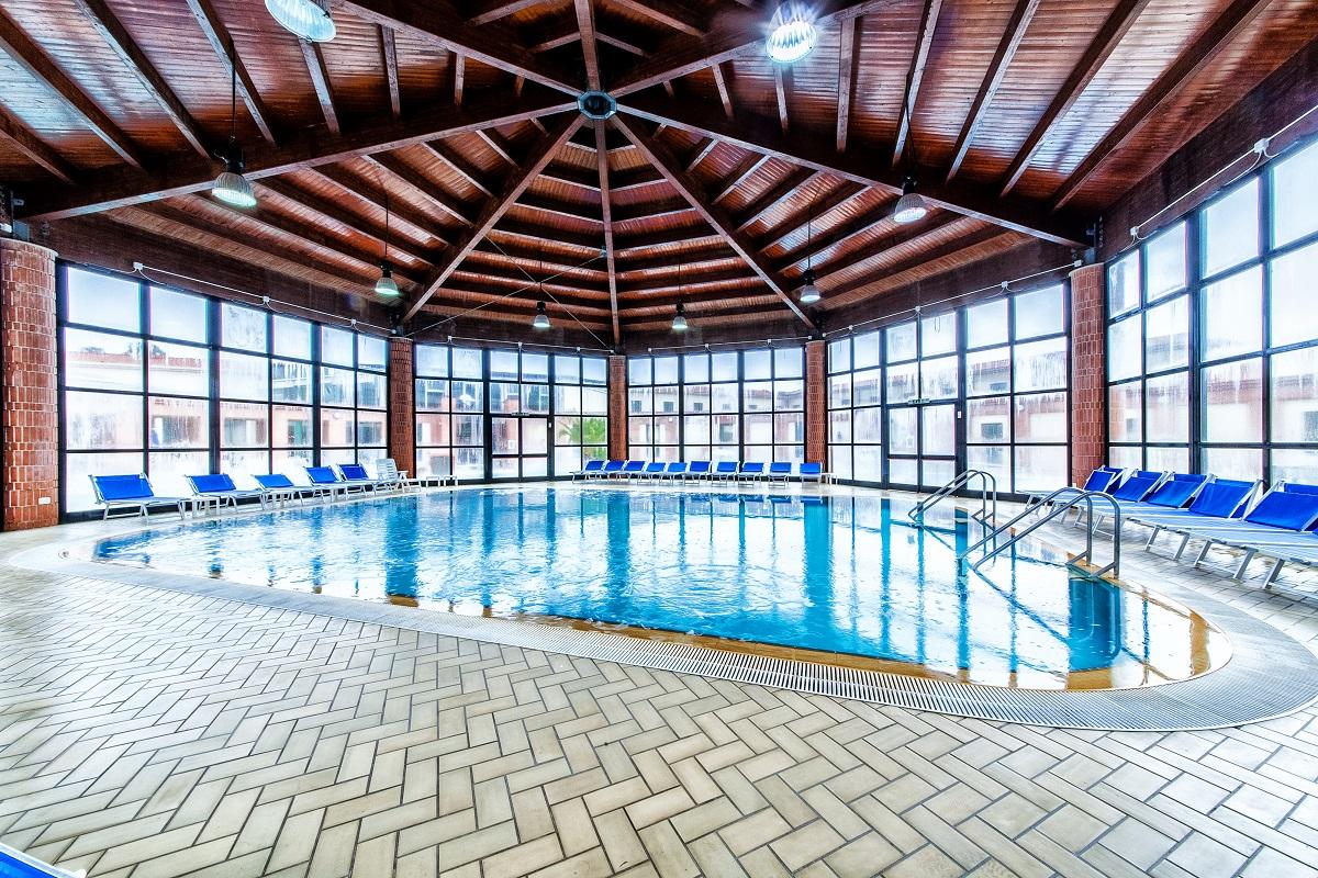 sardegna-termale-hotel-spa-sardara-sardegna-piscina-interna