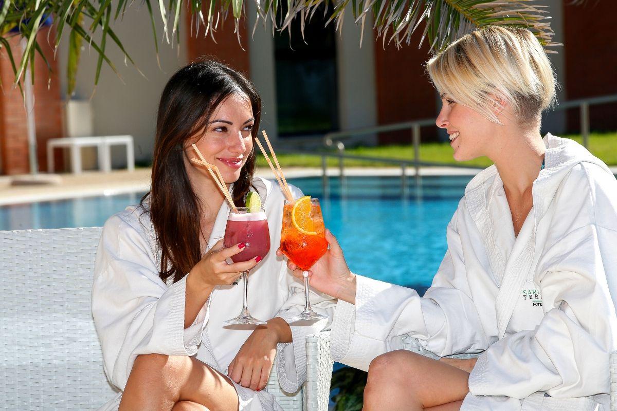 sardegna-termale-hotel-spa-sardara-sardegna-piscina-one-day-festa-della-donna